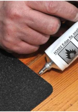 Heskins doplňky pro aplikaci pásek